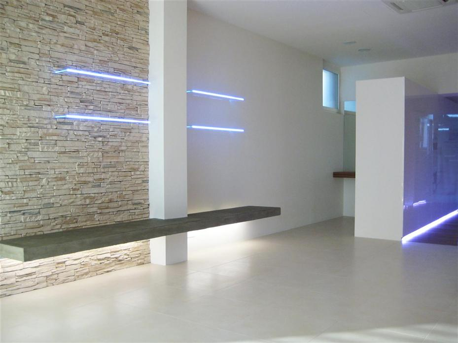 Forum luce per scala sotto affreschi con for Case moderne sotto 100k